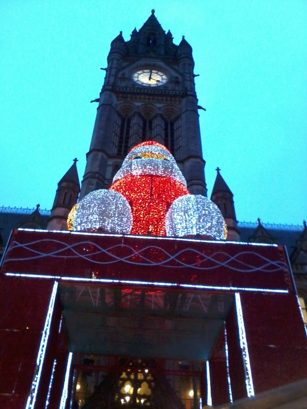 Manchester city hall giant Santa
