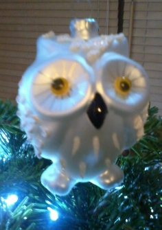 Owl shaped bauble